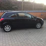 Opel Corsa Edition 110