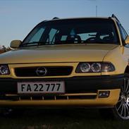 Opel Astra 1,6i 16V Caravan