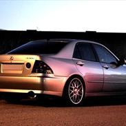 Lexus IS200 (IS250)