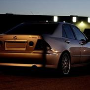 Lexus IS200 (IS250)