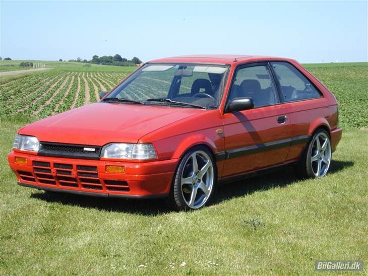 mazda 323 gt turbo solgt 1987 bilen er import fra 05 og st. Black Bedroom Furniture Sets. Home Design Ideas