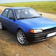 Mazda 323 1,6i bg (solgt)