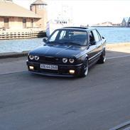 BMW E30 325i 12V M-TECH 2