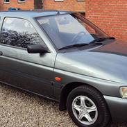 Ford Escort 1.6i CL