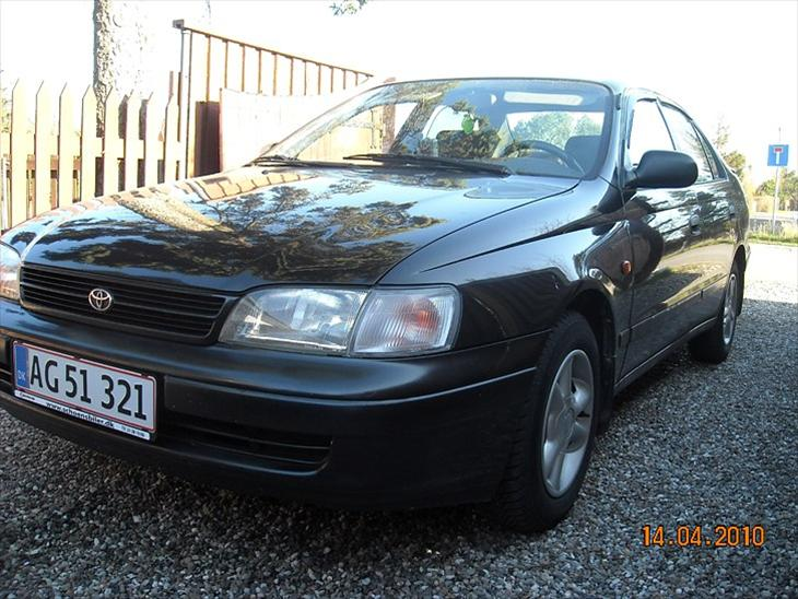 Toyota Carina E sedan 2,0 diesel - 1996 - En rigtig lækker bil i sortme...