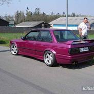 BMW 325i E30 R.I.P