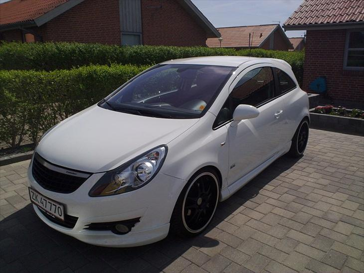opel corsa d 1 7 opc line 2008 der vil ske en del mere. Black Bedroom Furniture Sets. Home Design Ideas