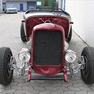 Ford Hiboy Roadster