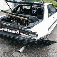 Nissan Sunny SLX Sportcoupe (Død