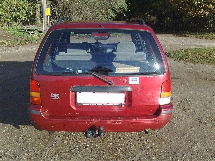 Nissan Sunny Y10 SLX (Solgt) billede 6