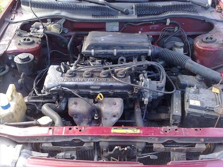 Nissan Sunny Y10 SLX (Solgt) billede 8
