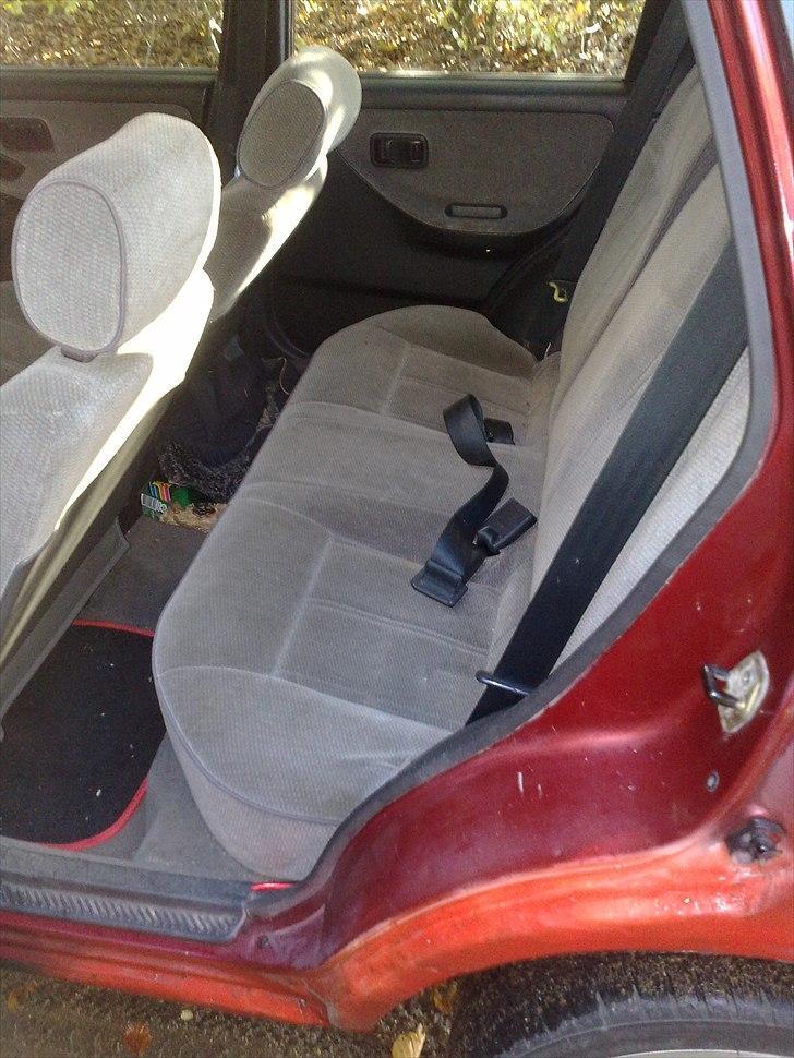 Nissan Sunny Y10 SLX (Solgt) billede 13