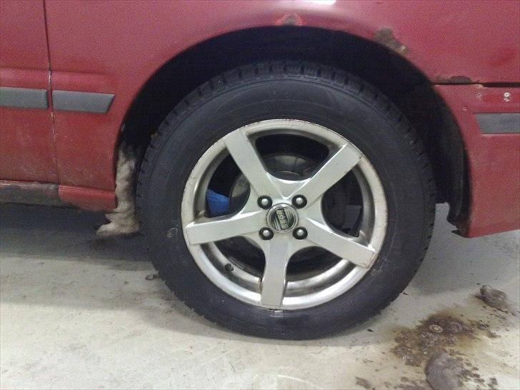 Nissan Sunny Y10 SLX (Solgt) billede 20