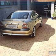 Opel Vectra B 1,8i 16v