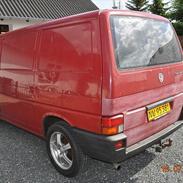 VW Transporter 2,4 d