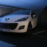 Peugeot 207 1,6 HDi Sportium