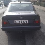 Mercedes Benz E klasse 300D AUT  (TDL. BIL)