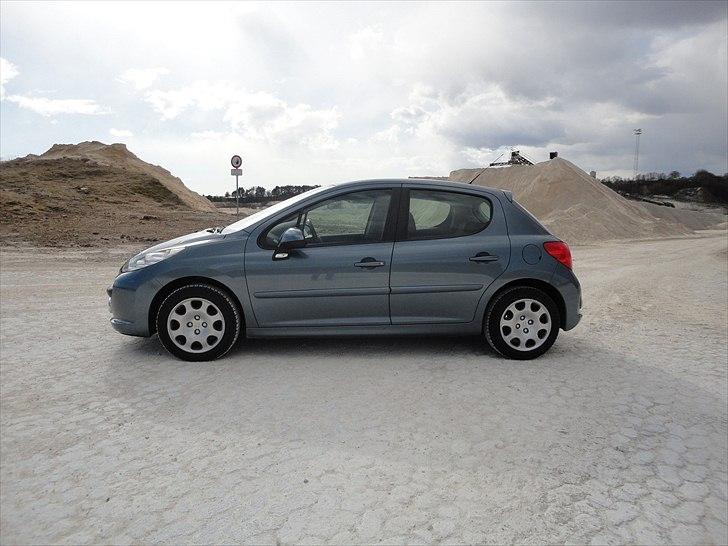 Peugeot 207 =SOLGT= billede 6