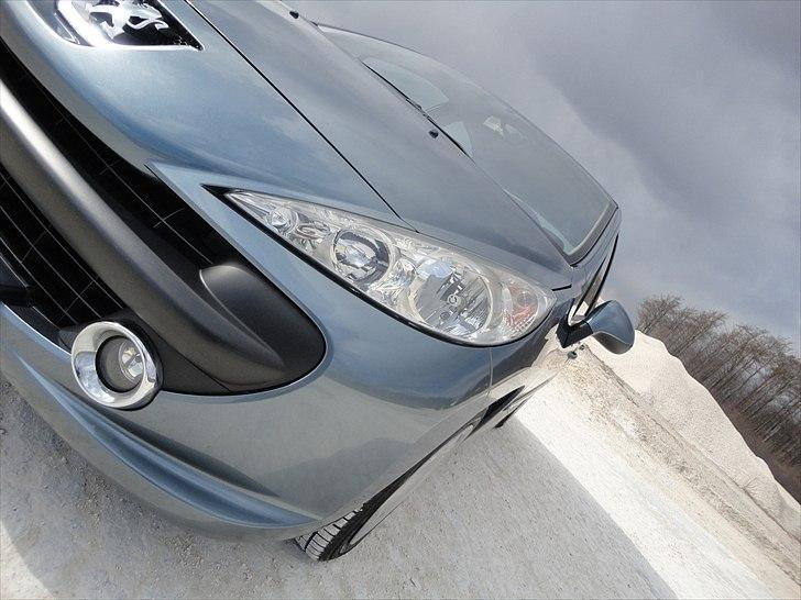 Peugeot 207 =SOLGT= billede 9