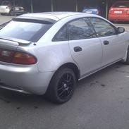 Mazda 323F 1.8i GLX   Solgt