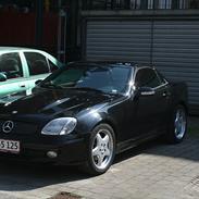 Mercedes Benz SLK 230