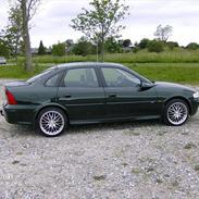 Opel Vectra B     2,0   CDX