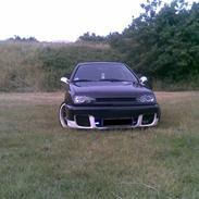 VW Golf *Black Angel*--SOLGT