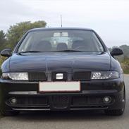 Seat Leon 1.8T 20V * SOLGT *