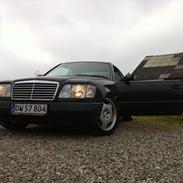 Mercedes Benz 300 CE Coupé