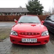 Hyundai accent gls. aut.