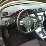 VW Passat 3c variant Tdi / R Line (SOLGT)