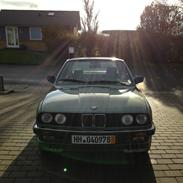 BMW 320i TILSÂLG