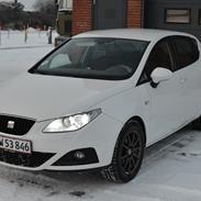 Seat Ibiza 6J 1,6 TDi Style CR DPF *SLOGT*