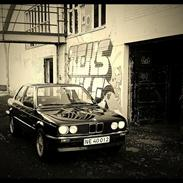 """BMW 318i E30 """"Ministeren"""""""