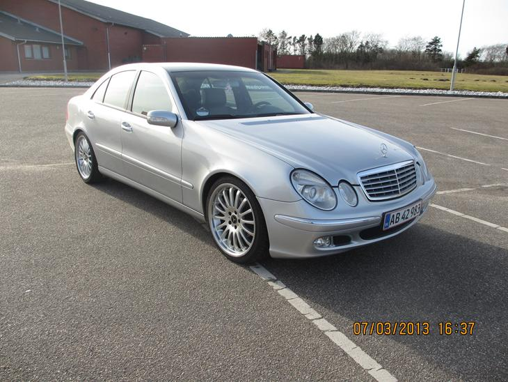 Mercedes benz 220 cdi elegance 2002 hele bilen er for Mercedes benz text