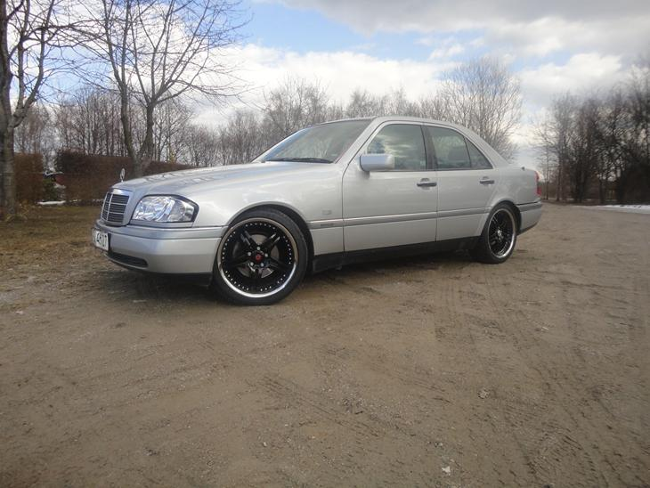 Mercedes benz c200 tidl bil 1995 tysk import for Mercedes benz text