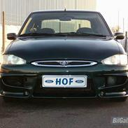 Ford escort 1.8i sport