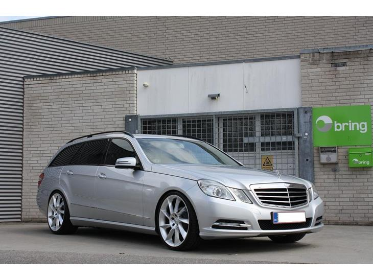 Mercedes benz w212 2011 utrolig velk rende bil jeg e for Mercedes benz text