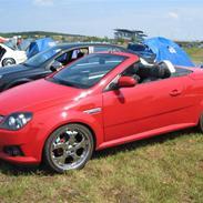 Opel Tigra Twintop 1.8i 16V