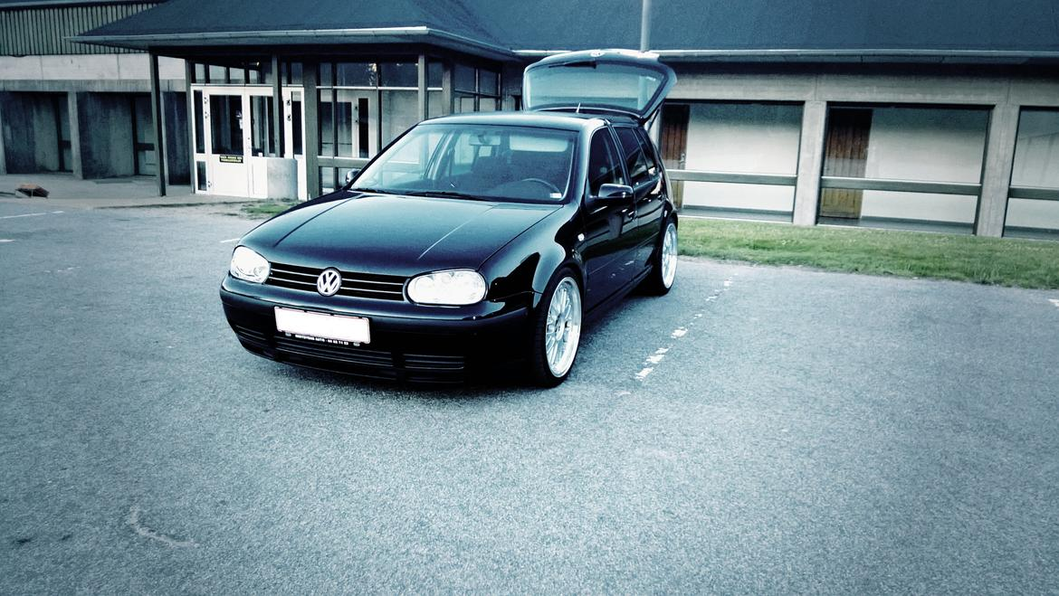 vw golf 4 gti tdi black magic billeder af biler uploaded af bigdogg. Black Bedroom Furniture Sets. Home Design Ideas