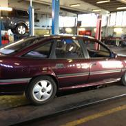 Opel Vectra A GT (totalskadet)