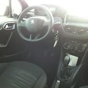 Peugeot 208 Acces