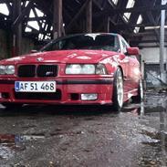 BMW E36 320