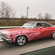 Chevrolet Impala.( Nyt album i FOTO )
