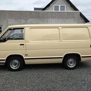 Toyota HiAce 2.4 Diesel