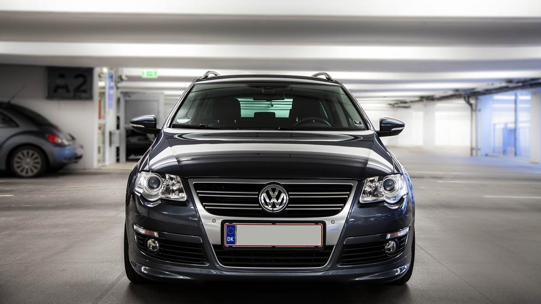 VW Passat Variant R-Line billede 2
