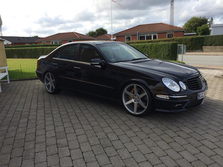Mercedes benz w211 e320 cdi v6 faceliftet amg billeder for Mercedes benz e 320 cdi