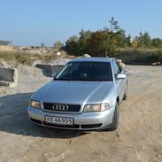 Audi A4 2,6 v6 sedan