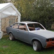 Opel kadett c coupe 1,2s