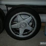 Toyota Corolla 1,6 GT Twin Coupé